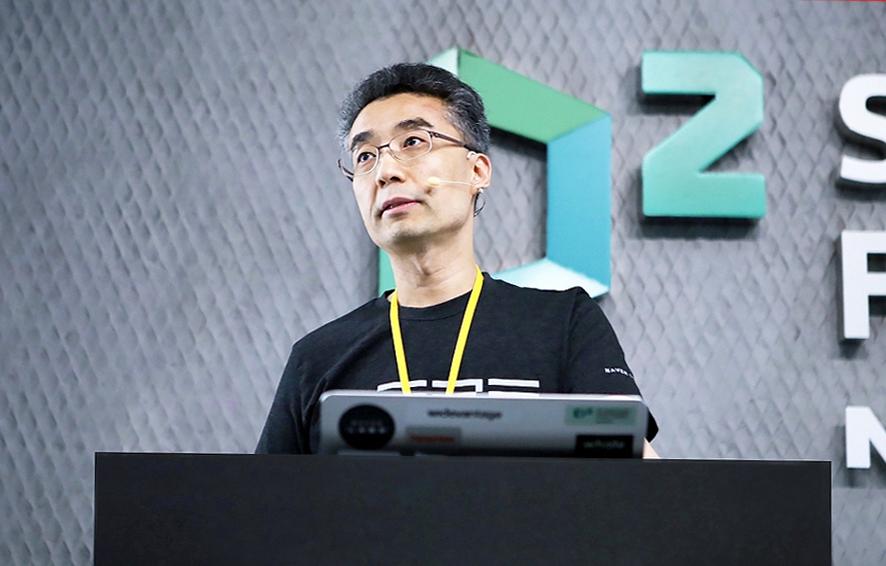 사진은 네이버랩스 대표로 재직시 송창현 대표(사진:네이버-본지DB)