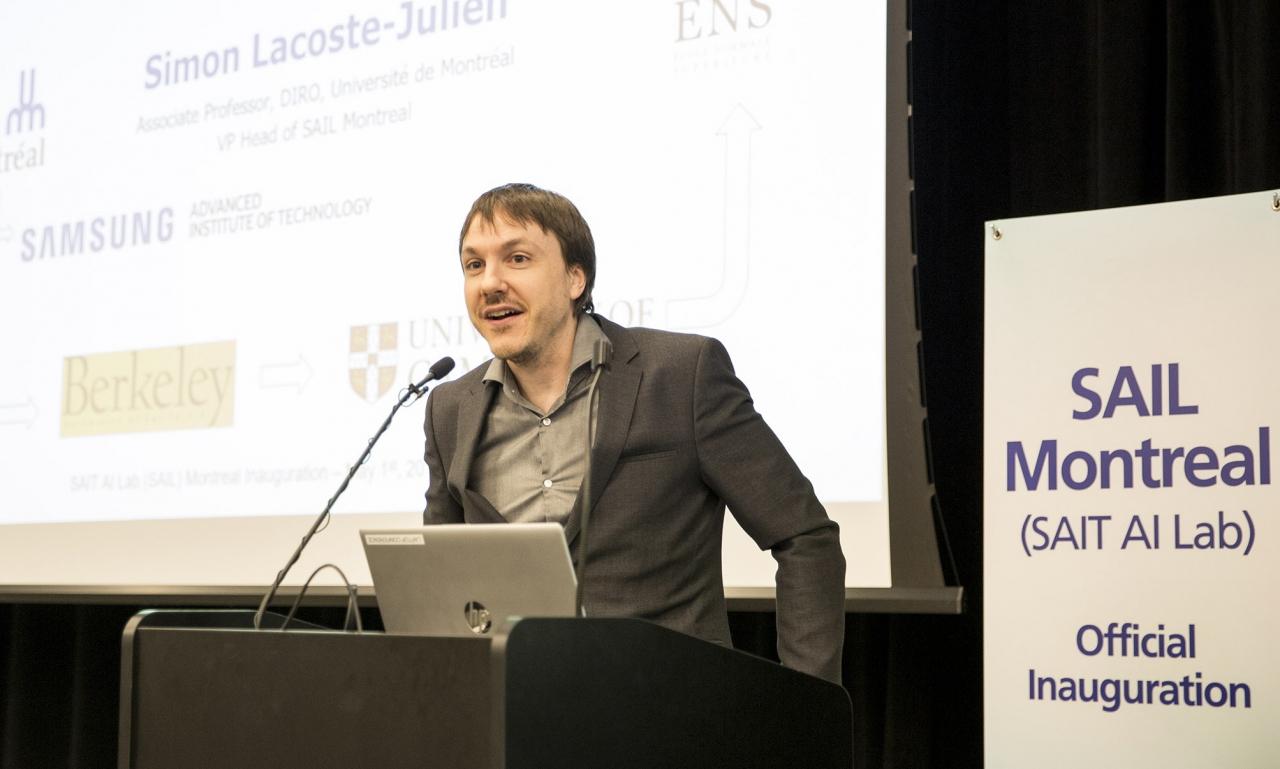 5월1일(현지시간) 열린 삼성전자 종합기술원 몬트리올 AI 랩 확장이전 행사에서 사이몬 라코스테 줄리앙(Simon Lacoste-Julien, 몬트리올大) 랩장이 환영사를 하고있다.(사진:삼성전자)