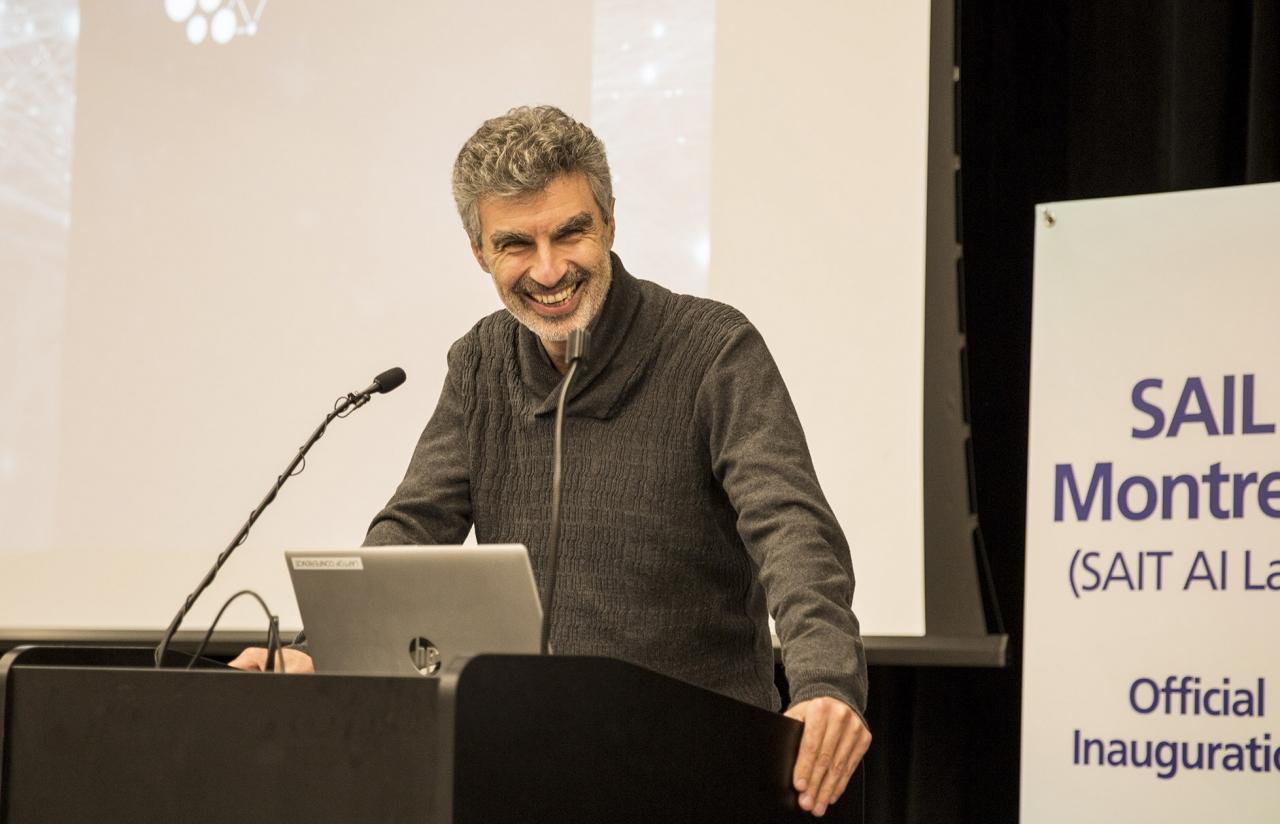 삼성전자 종합기술원 몬트리올 AI 랩 확장 이전 행사에서 요슈아 벤지오(Yoshua Bengio, 몬트리올大) 교수가 환영사를 하고 있다.